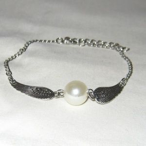 "Jewelry - Pearl & Angel Wing Anklet 8.5-10"" NWOT #3375"